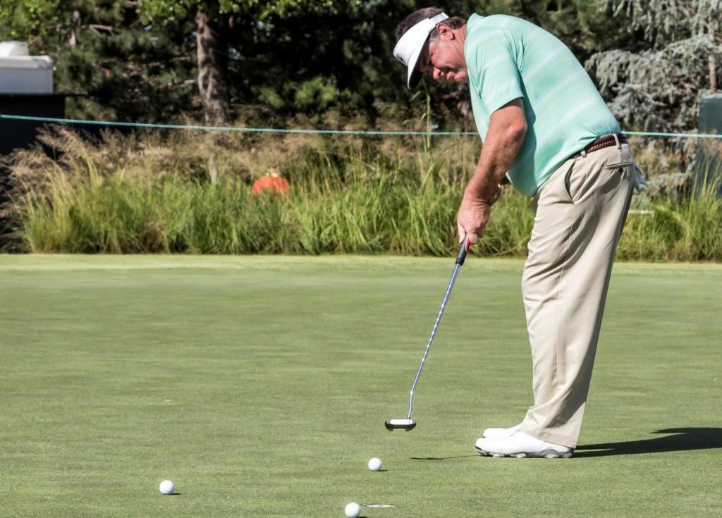 open putting stance